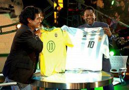 Lettera Pelè a Maradona commuove il web