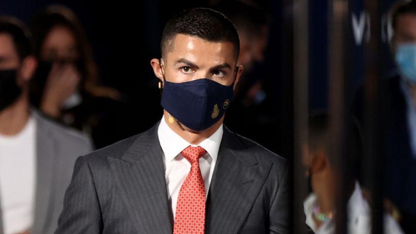 Cristiano Ronaldo batte Messi: nuovo premio e annuncio sul futuro