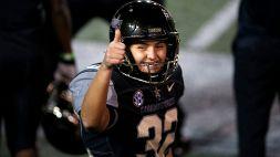 Football NCAA, Sarah Fuller 'prende a calci' gli stereotipi