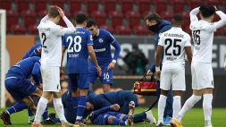 Panico ad Augsburg: Uth perde conoscenza, poi si riprende