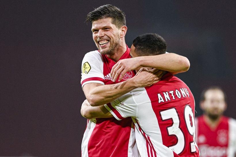 Ajax: pazzesco Huntelaar, entra all'89' e fa una doppietta decisiva