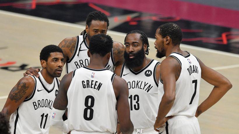 NBA: i Nets si godono il trio delle meraviglie