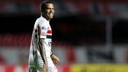 Brasile, rottura insanabile tra Dani Alves e i tifosi