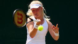 Francesca Jones, tennista con 8 dita che ha battuto la malattia