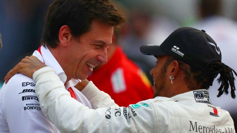 """F1, Wolff: """"Escludo un rinnovo triennale per Hamilton"""""""