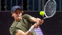 Tennis, Sinner salta Antalya
