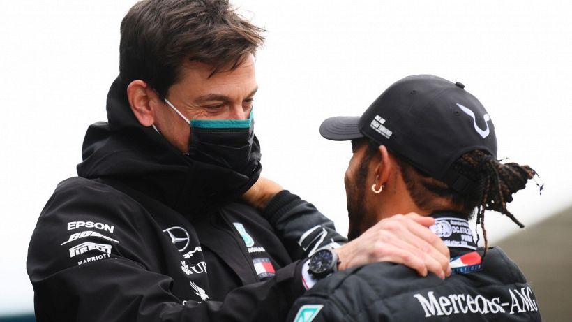F1, rinnovo Lewis Hamilton: lo sfogo di Toto Wolff