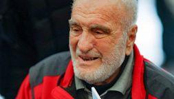 Addio a Cesare Maestri, epopea di un alpinista: vette e polemiche