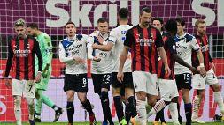 Milan travolto dall'Atalanta, l'Inter frena a Udine: espulso Conte