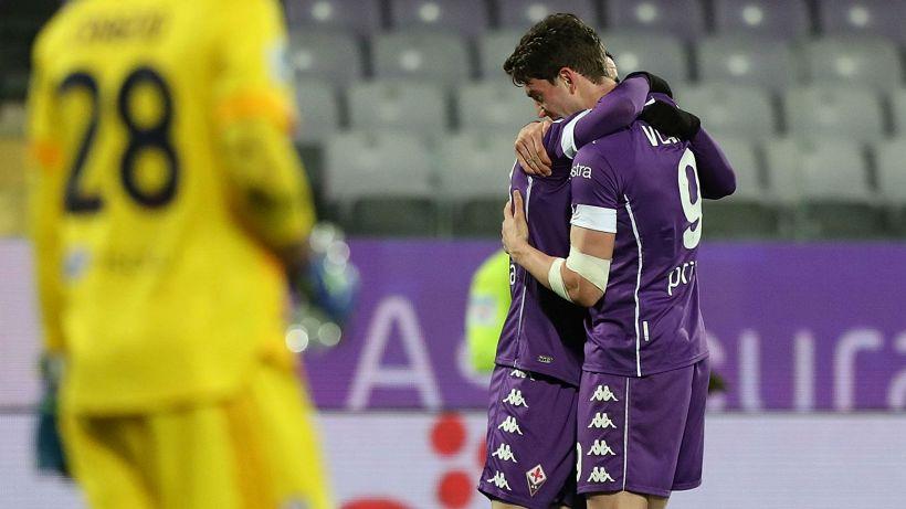 Vlahovic da tre punti per la Fiorentina, Cagliari sempre più giù