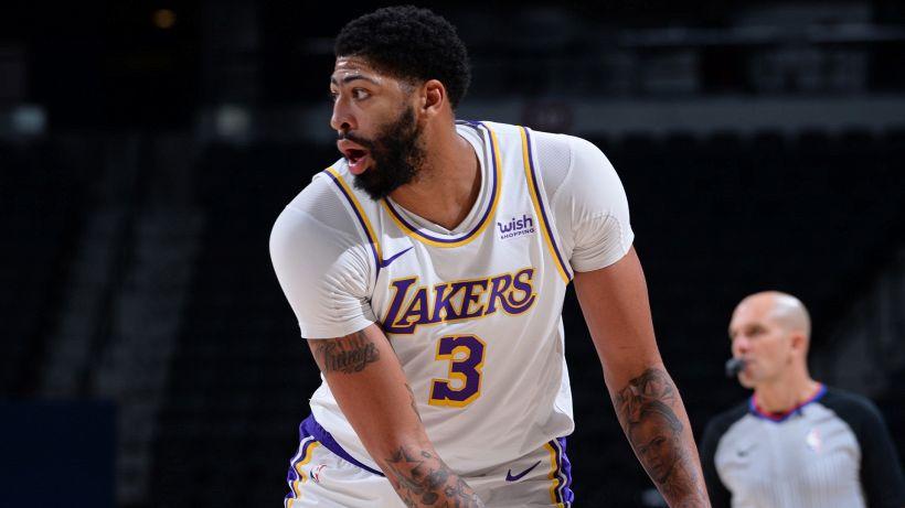 NBA: i LA Lakers ritrovano la vittoria e aspettano James