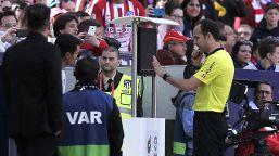 Champions League: gli arbitri per PSG-Barca e Liverpool-Lipsia