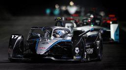 Formula E, De Vries vince gara-1 di Ad-Diriyah