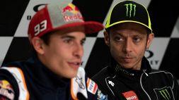 Motori, Valentino Rossi attacca Marquez e carica la Ferrari