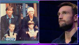 GF Vip: Andrea Zenga freddo con il padre, tenerezze con Rosalinda