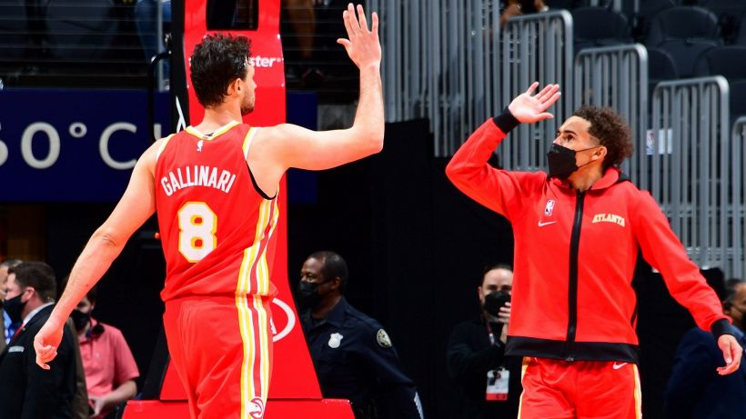 NBA, Hawks e Knicks volano ai playoff