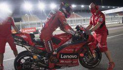 MotoGP Qatar: Vinales batte le Ducati, sprofondo Rossi