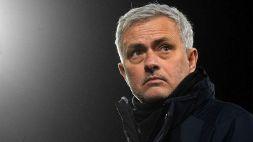 È bufera per il gesto di Mourinho: gli anti-Inter lo attaccano