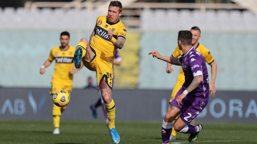 Fiorentina-Parma 3-3: l'autogoal di Iacoponi salva i viola nel recupero