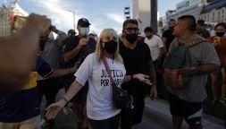 Morte Maradona, in migliaia alla manifestazione per Diego