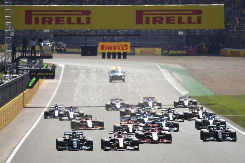 Gp Ungheria pazzo: vince Ocon su Vettel. Hamilton beffa Sainz, 3°