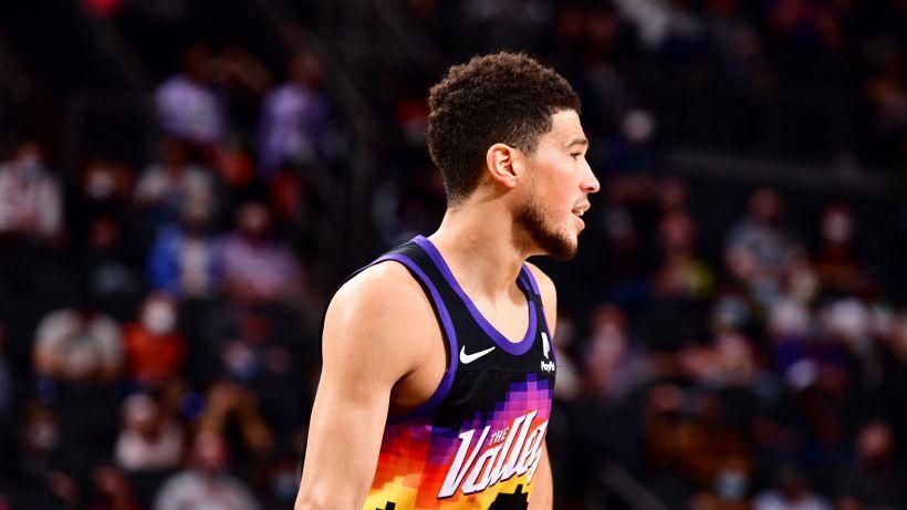 NBA: Phoenix stende anche Utah, doloroso ko Lakers