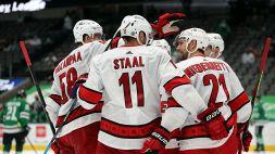 NHL: gli Hurricanes tornano alla vittoria