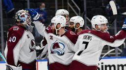 NHL: Colorado batte S.Louis e vede i play-off