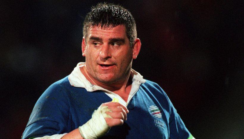 Il Covid si è portato via Massimo Cuttitta, leggenda del rugby