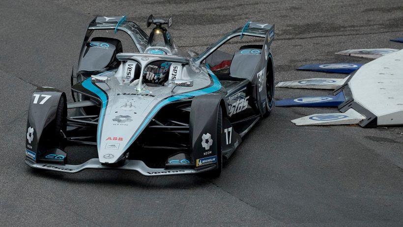 Formula E: De Vries vince a Valencia