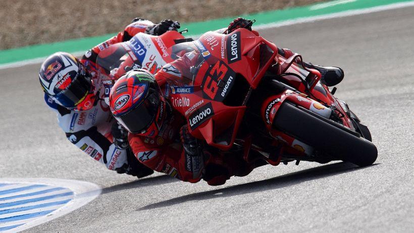 MotoGP, GP Spagna: Bagnaia sfreccia nelle seconde libere