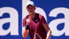 Tennis, Sinner da urlo: elimina Rublev a Barcellona