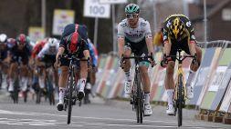 Vittoria al fotofinish per Van Aert all'Amstel Gold Race