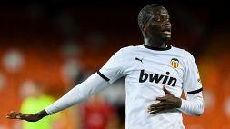 Liga, il Valencia lascia il campo per insulti razzisti