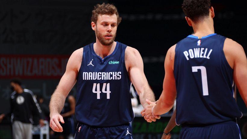 NBA: bene Melli con Dallas, Embiid torna e vince subito