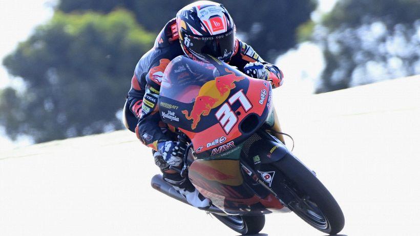 Moto3, Gp Portogallo: Acosta beffa Foggia all'ultimo giro