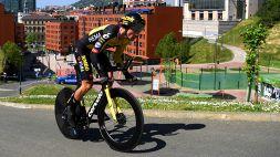 Giro dei Paesi Baschi, la prima tappa porta la firma di Roglic