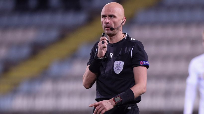 Europa League: il russo Karasev dirigerà Ajax-Roma