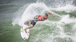 Surf: le foto spettacolari della Rip Curl Newcastle Cup