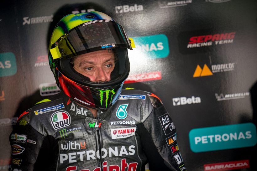 """MotoGp: """"Rossi è finito"""", bordata dall'ex campione del mondo"""