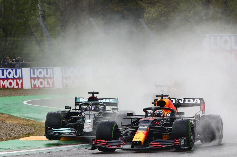 GP Imola: vince Verstappen su Hamilton, Ferrari fuori dal podio