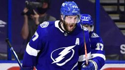 NHL: Tampa Bay a fatica, crollano i Capitals
