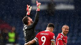 """Liverpool, Alisson decide il match: """"Papà mi ha visto lassù"""""""