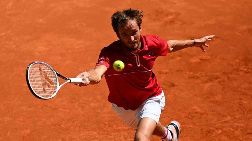 Tennis, Medvedev punta tutto su Parigi