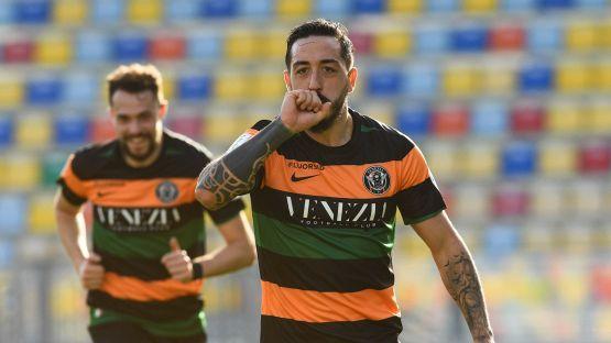 Serie B, Venezia sogna: Di Mariano sbanca il Tombolato