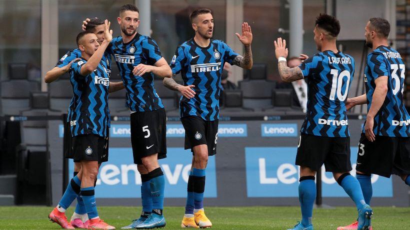 L'Inter festeggia lo scudetto travolgendo 5-1 la Sampdoria