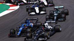 """F1, Sainz difende Alonso: """"Normale soffrire all'inizio"""""""