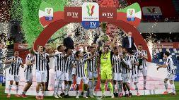 Niente applausi alla Juventus, è bufera sul web