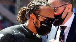 """F1, Hamilton lancia l'allarme: """"Fuori dalla top ten senza un perché"""""""
