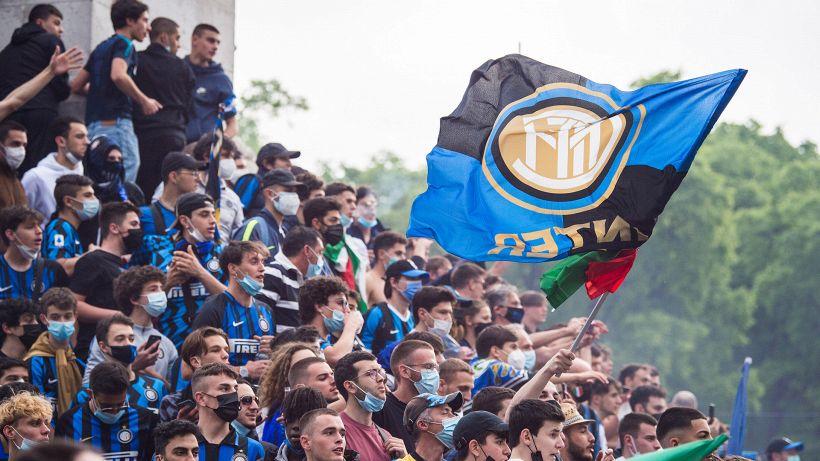 L'ex Inter fa infuriare i tifosi: bufera sul web